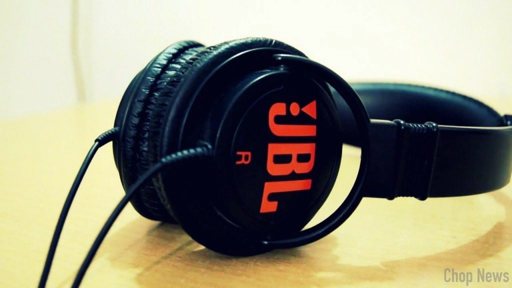 JBL C300SI On-Ear Dynamic Wired Headphones Design